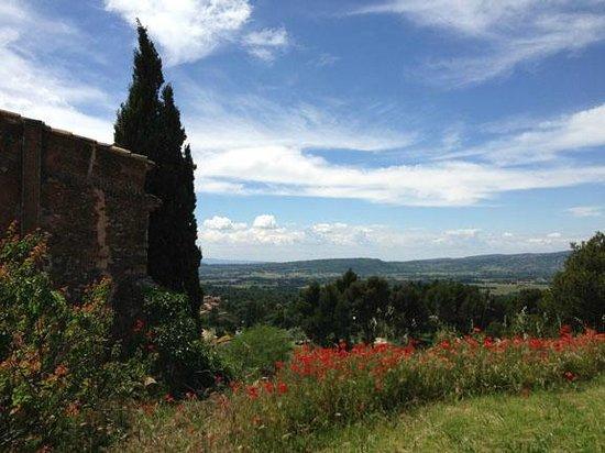 Mas du Clos de l'Escarrat : Roussillon View