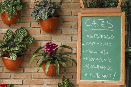 La Patria Café & Bistrô