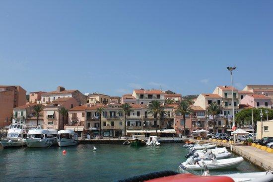 Parco Nazionale dell'Arcipelago di La Maddalena: Вид с причала