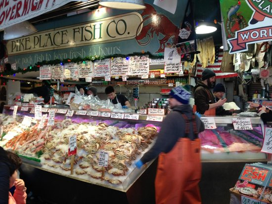 Pike Place Market: Love the atmosphere!