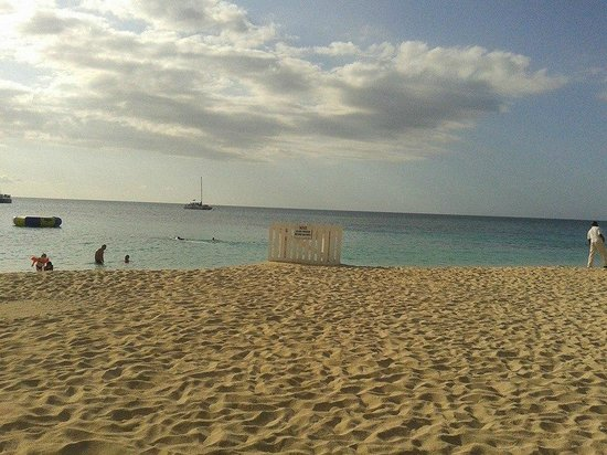 Doctor's Cave Beach: spiaggia