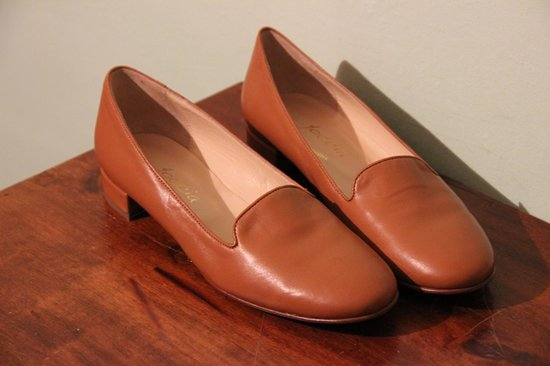 Goccia Shoes: Low heeled slippers