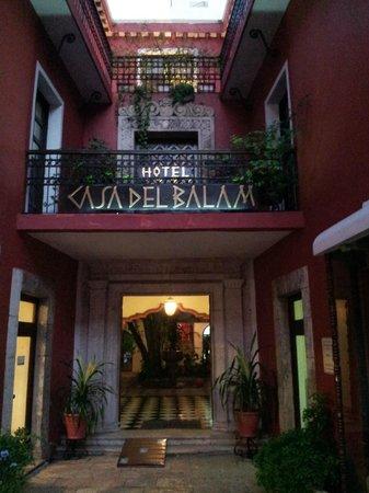 Casa del Balam Hotel: l'entrée de l'hôtel