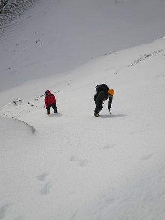 Peak Mountaineering Day Tours: Winter Mountaineering - Feb 2014