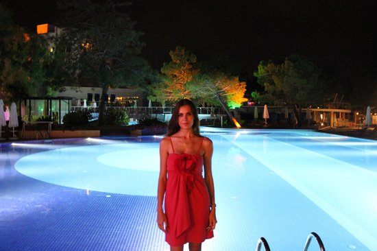 Sueno Hotels Beach Side: бассейн на территории отеля