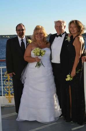 St Johns Rivership Company : Wedding Party with the Matron of Honor and Best Man