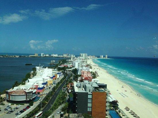 Beach Palace: Vista desde el sky bar