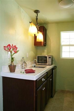 Old Ranch Inn: Kitchenette