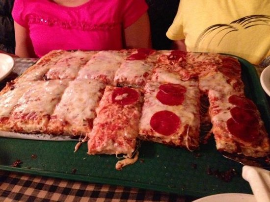 Jigsy's BrewPub & Restaurant : gotta try the pizza