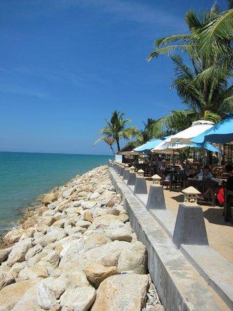 Chong Fah Restaurant: View at high tide