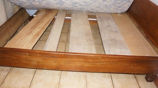 Hotel Brasilito : the bed structure