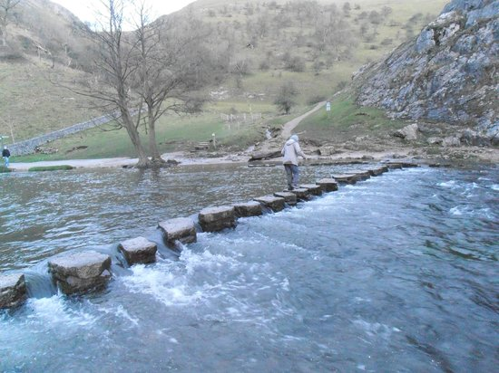 Ilam Park: Stepping Stones in Dove Dale