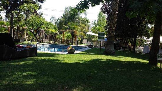 Manquehue Santiago Las Condes: vista externa do hotel
