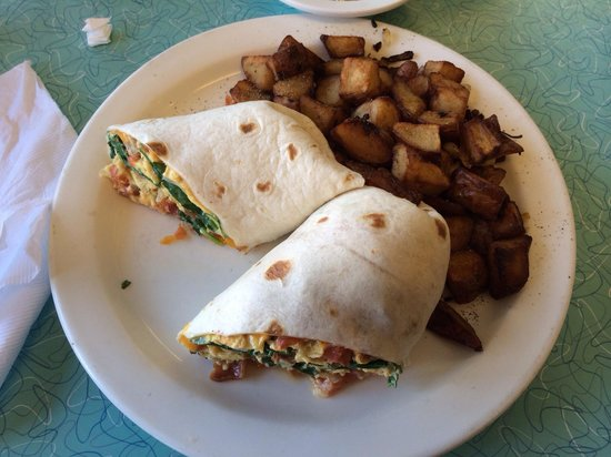 The BeachSide Cafe: Make your own burrito.