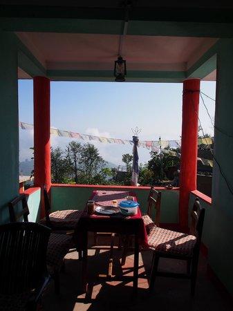 Tashi Delek Guest Lodge : morning delight