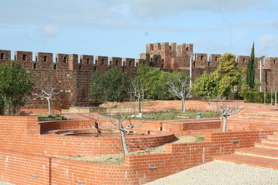 Castelo de Silves: The Gardens