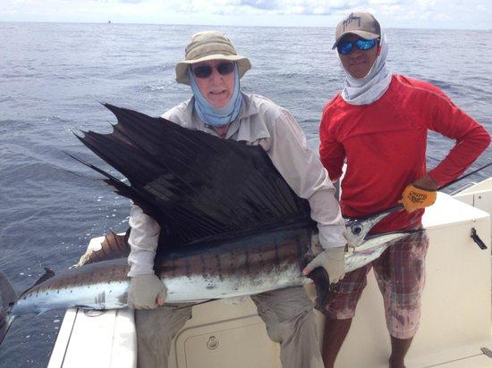 Come Fish Panama: Keith & his sailfish