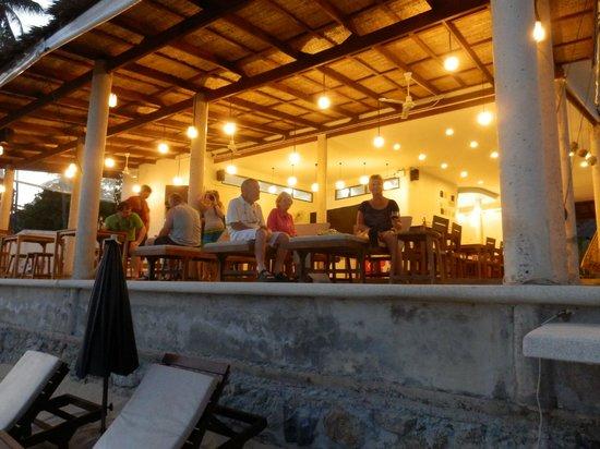 Lazy Day's Samui Beach Resort: Dining area