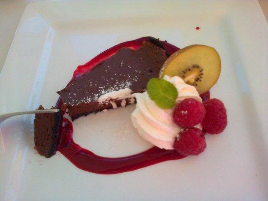 Bistro at Westwood Lake: Chocolate desert