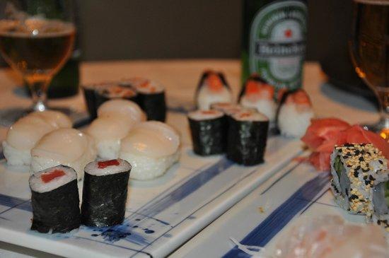 Hesperia Madrid: Sushi room service