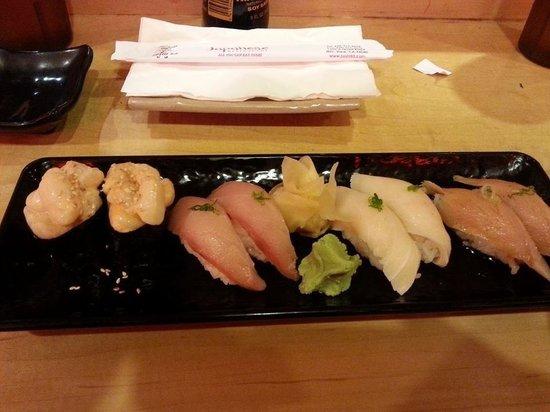 Sushi 85: Scallops, tuna, white tuna, halibut