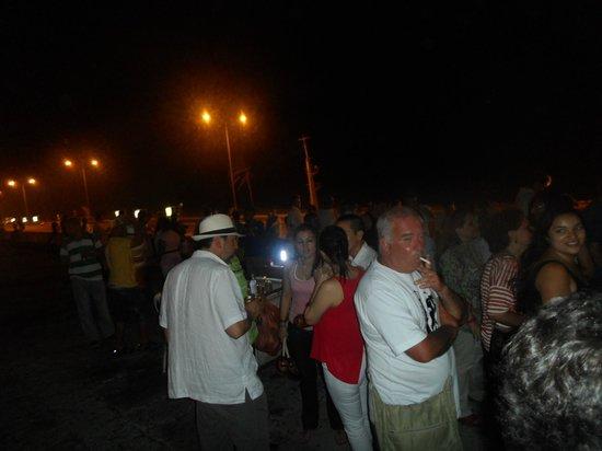 Rumba in Chiva: Parada para ouvir música e comer