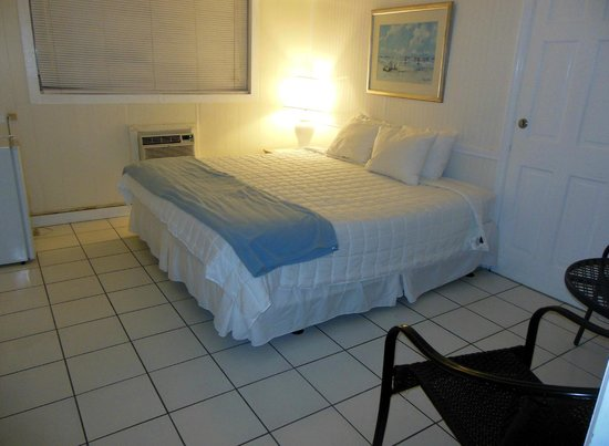 Kingsail Resort Motel: King Bed Room