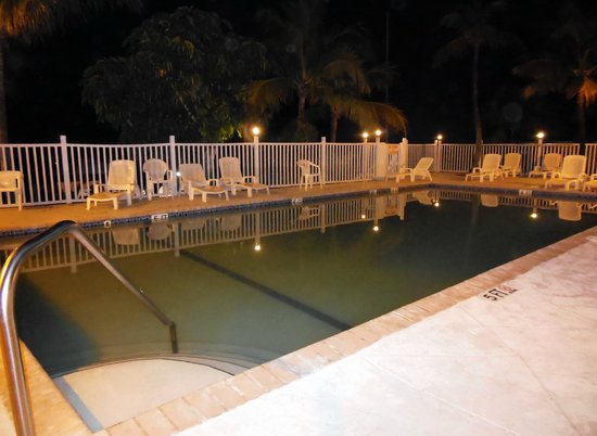 Kingsail Resort Motel: Pool Deck
