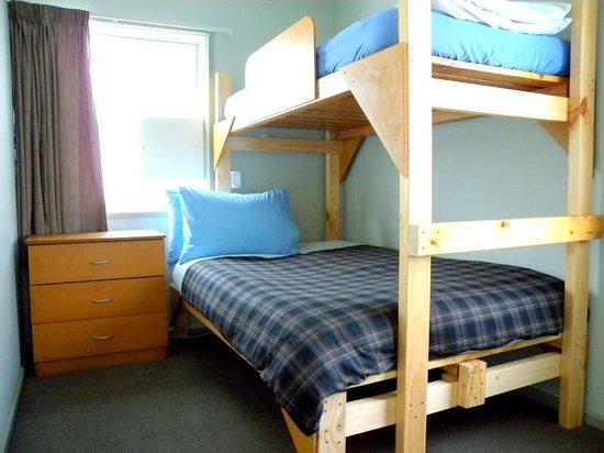 Kiwi House: Double room or Triple room.