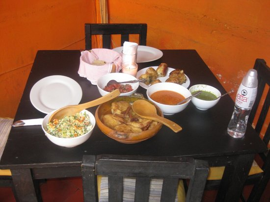 El Frijol Feliz Cooking School: The meal myself and one student made VERY GOOD!!!