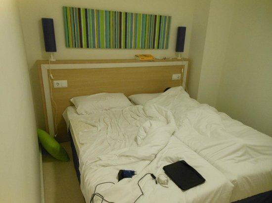 Pierre & Vacances Apartamentos Sevilla: Habitación: amplia y cómoda