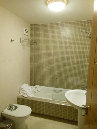 Pierre & Vacances Apartamentos Sevilla: Baño