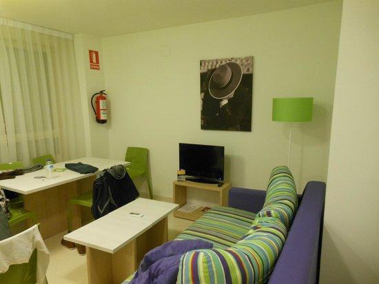 Pierre & Vacances Apartamentos Sevilla: Living