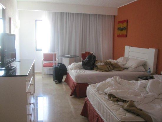 Flamingo Cancun Resort: Room
