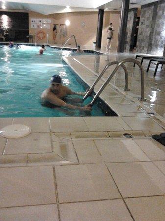 Evora Hotel: piscina interior