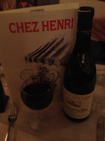 Chez Henri: Great wines...