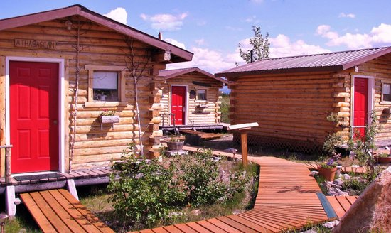 EarthSong Lodge - Denali's Natural Retreat: EarthSong cabins
