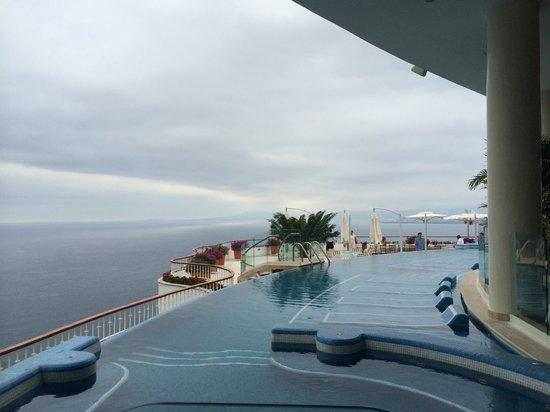 Grand Miramar All Luxury Suites & Residences: Restaurante Sky