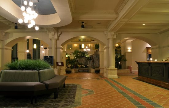 Embassy Suites by Hilton Fort Lauderdale 17th Street : Lobby