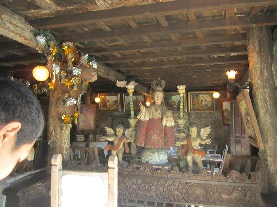 Yap Sandiego Ancestral House: Big Sto Nino