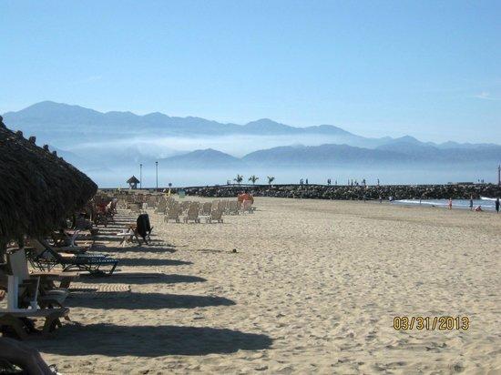 Paradise Village Beach Resort & Spa : Beautiful Beach Area