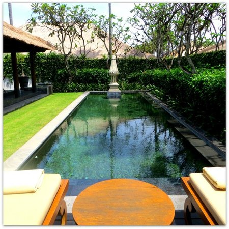 The Legian Bali: Not very tropical or inspiring the Villa pool
