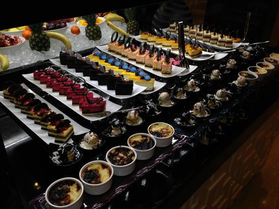 Rixos Downtown Antalya : Food 04