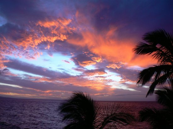 Kihei Surfside: Prettiest sunsets you could ever imagine