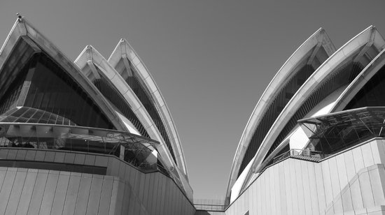 Run This Way -  Day Tours: Spectacular Opera House