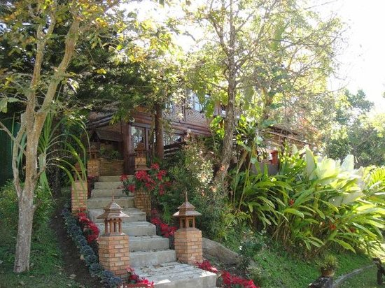 Belle Villa Resort Chiang Mai: Beautiful garden