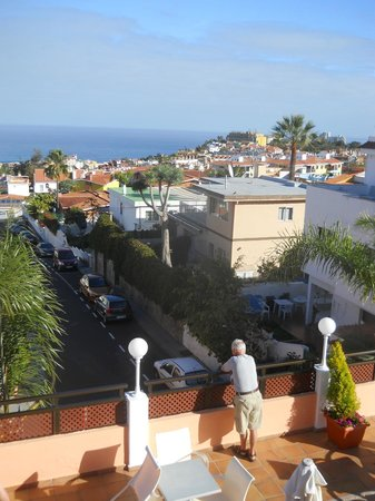Globales Acuario: View from the terrace of the ocean.