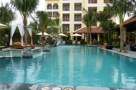 Essence Hoi An Hotel & SPA: Beautiful pool