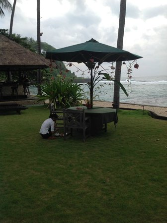 Alang-Alang Boutique Beach Hotel: Anniversary dinner date