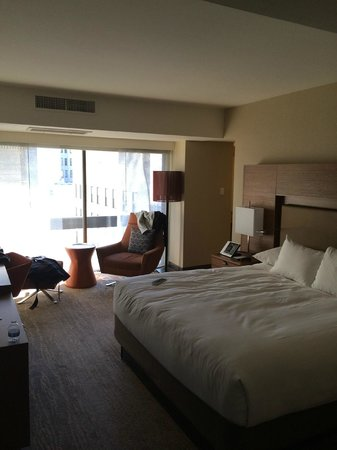 Grand Hyatt San Francisco: Bedroom 516